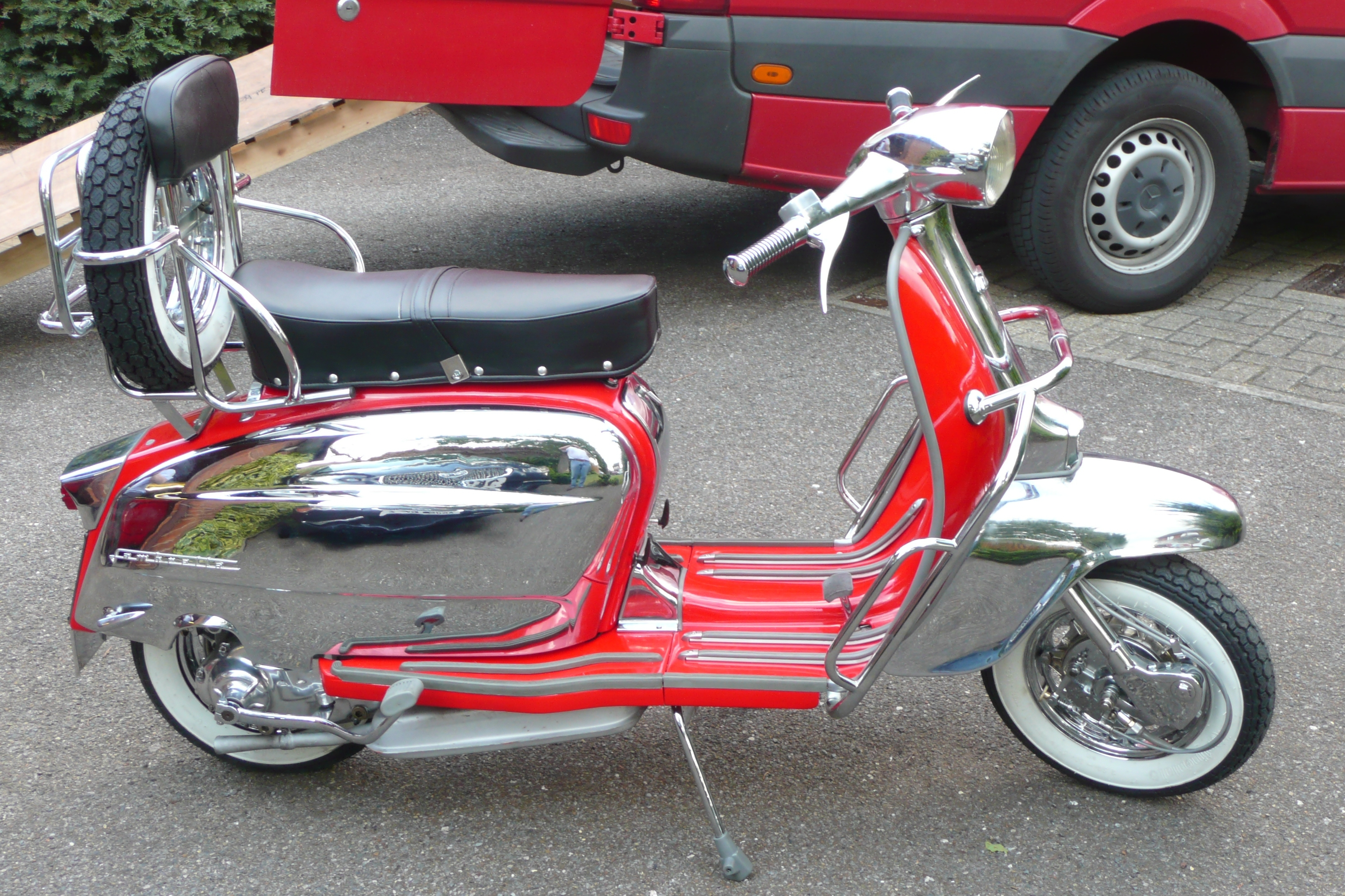 Italian Scooter Chroming