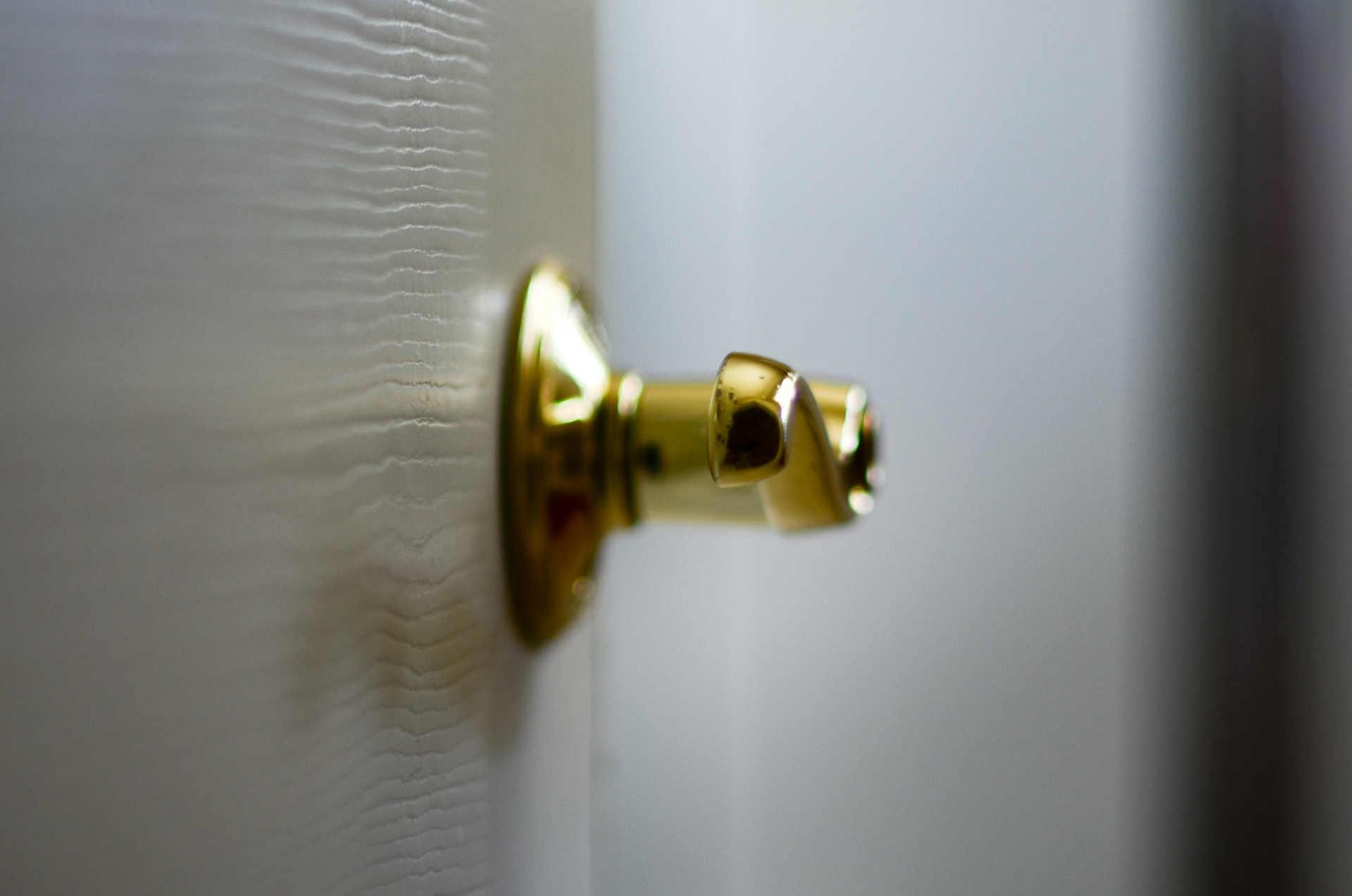 Rechroming and polishing door furnture